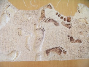 Stippling and carving out the footprints